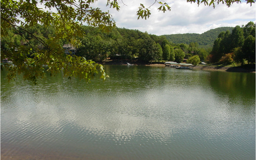 262001 Hiawassee Lake Front Lot