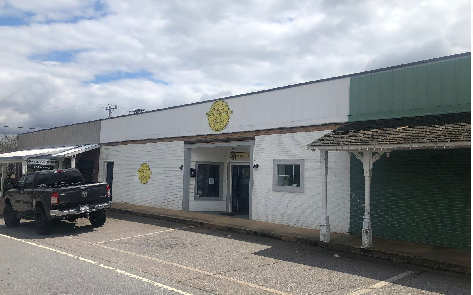 296606 Hayesville Commercial