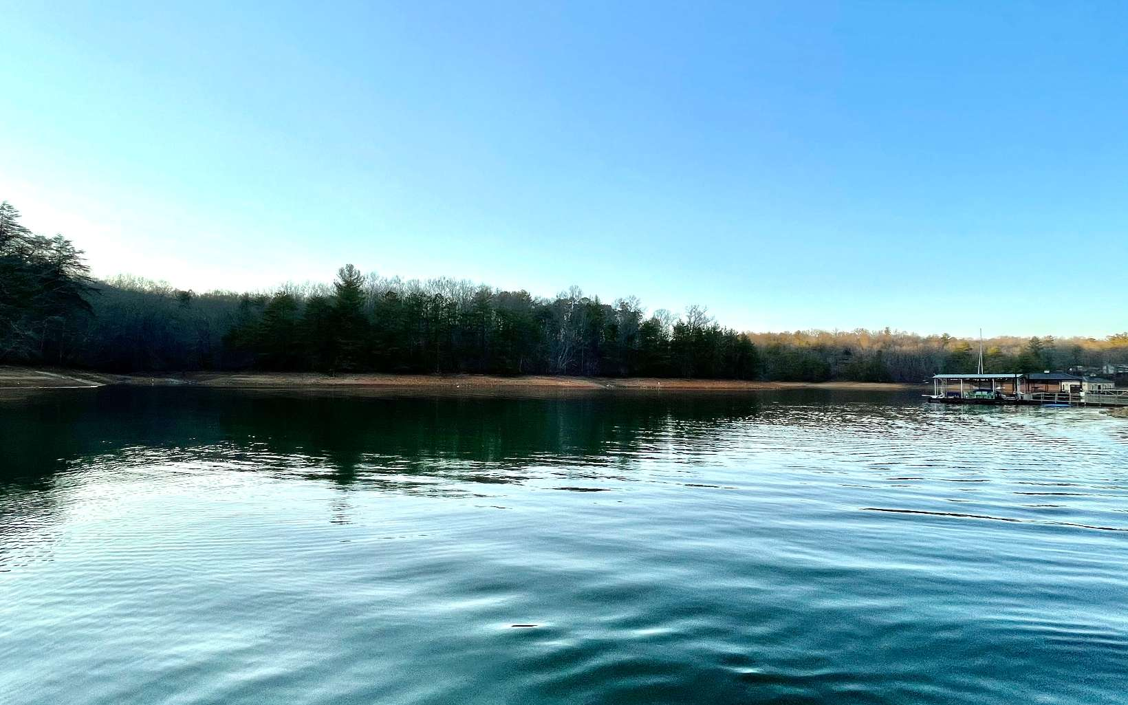 304906 Blue Ridge Lake Front Lot
