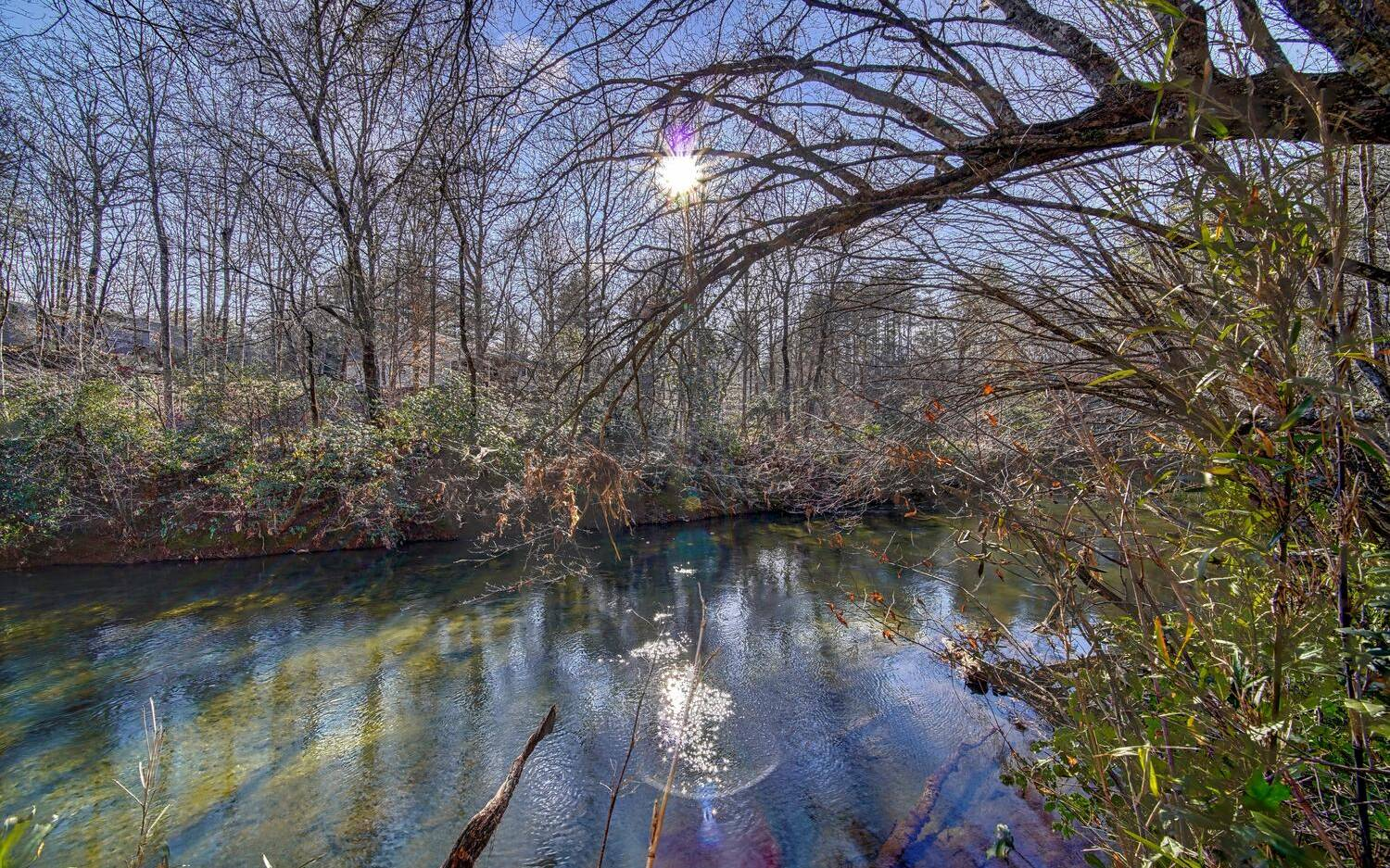 304107 Blairsville River Front