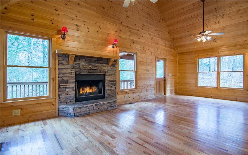 285008 Blue Ridge Residential