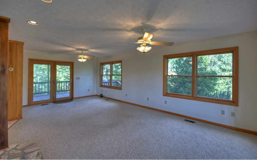 282815  Residential