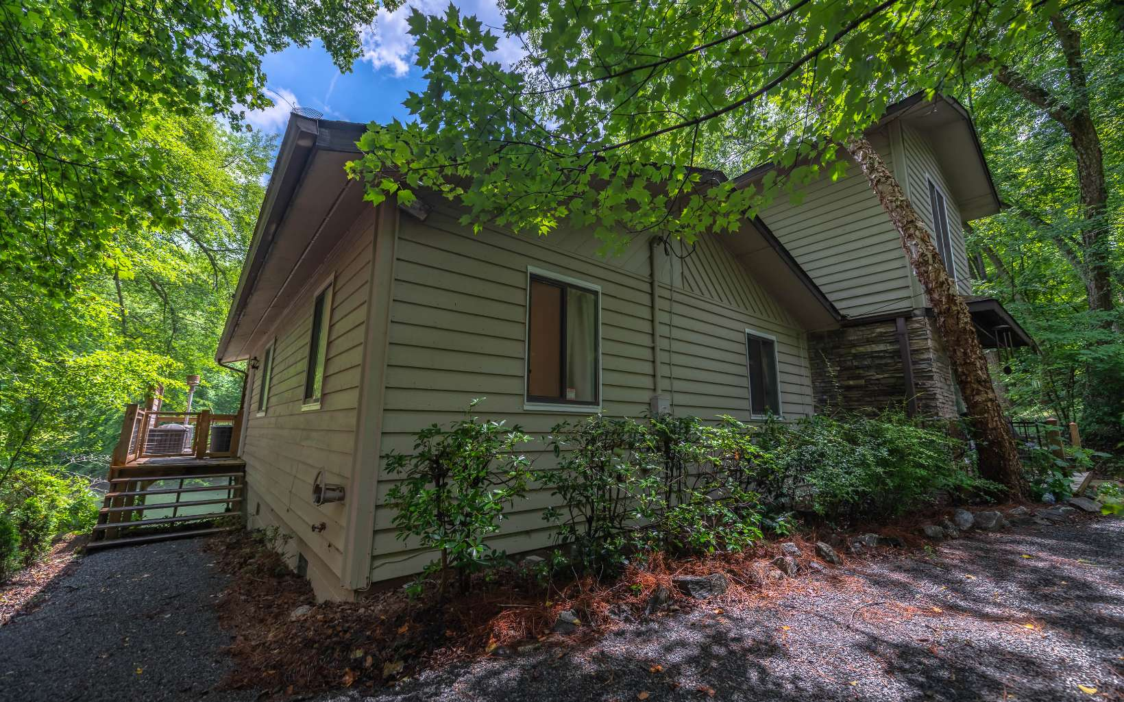298315 Mineral Bluff Residential