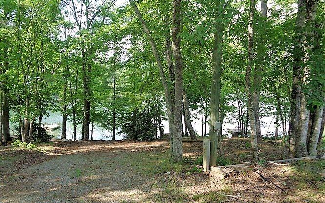 268517 Hayesville Lake Front Lot