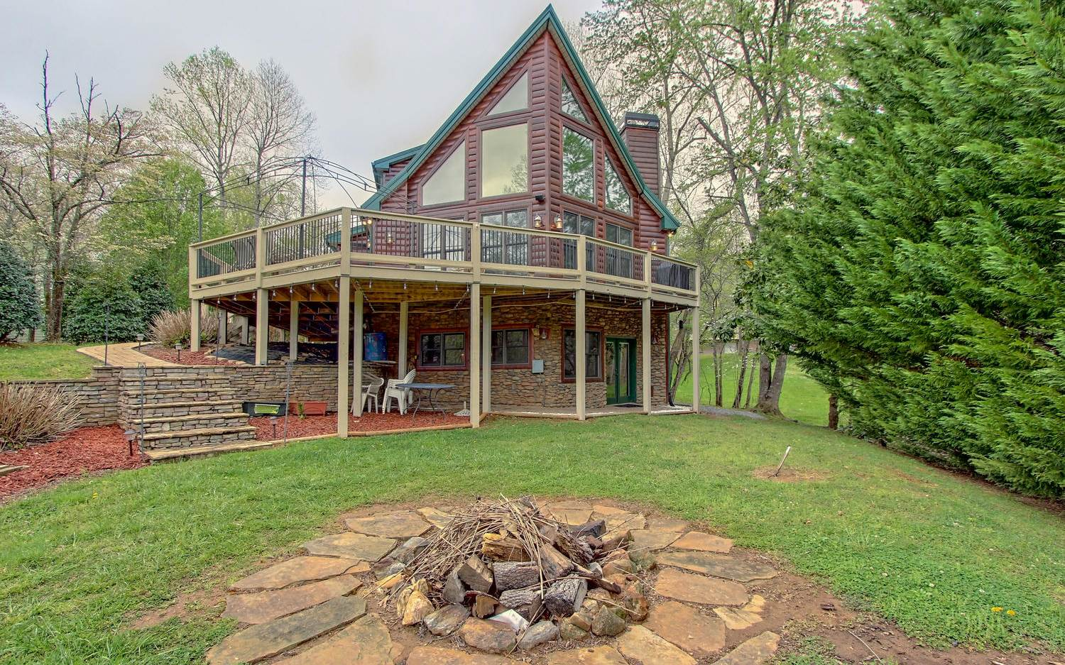 for ga mountain friendly under riverfront north rentals mountains pet georgia lake vacation sale cabins in