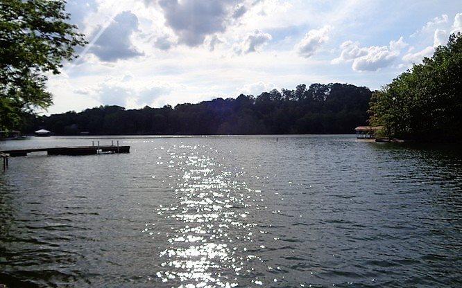 268520  Lake Front Lot