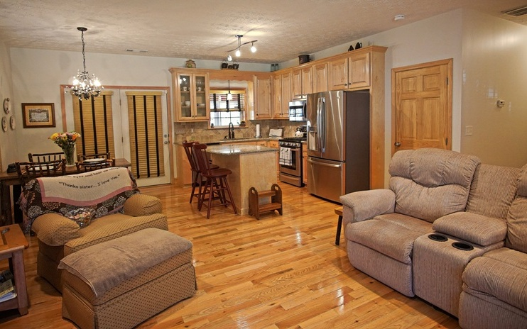 276924 Mineral Bluff Residential