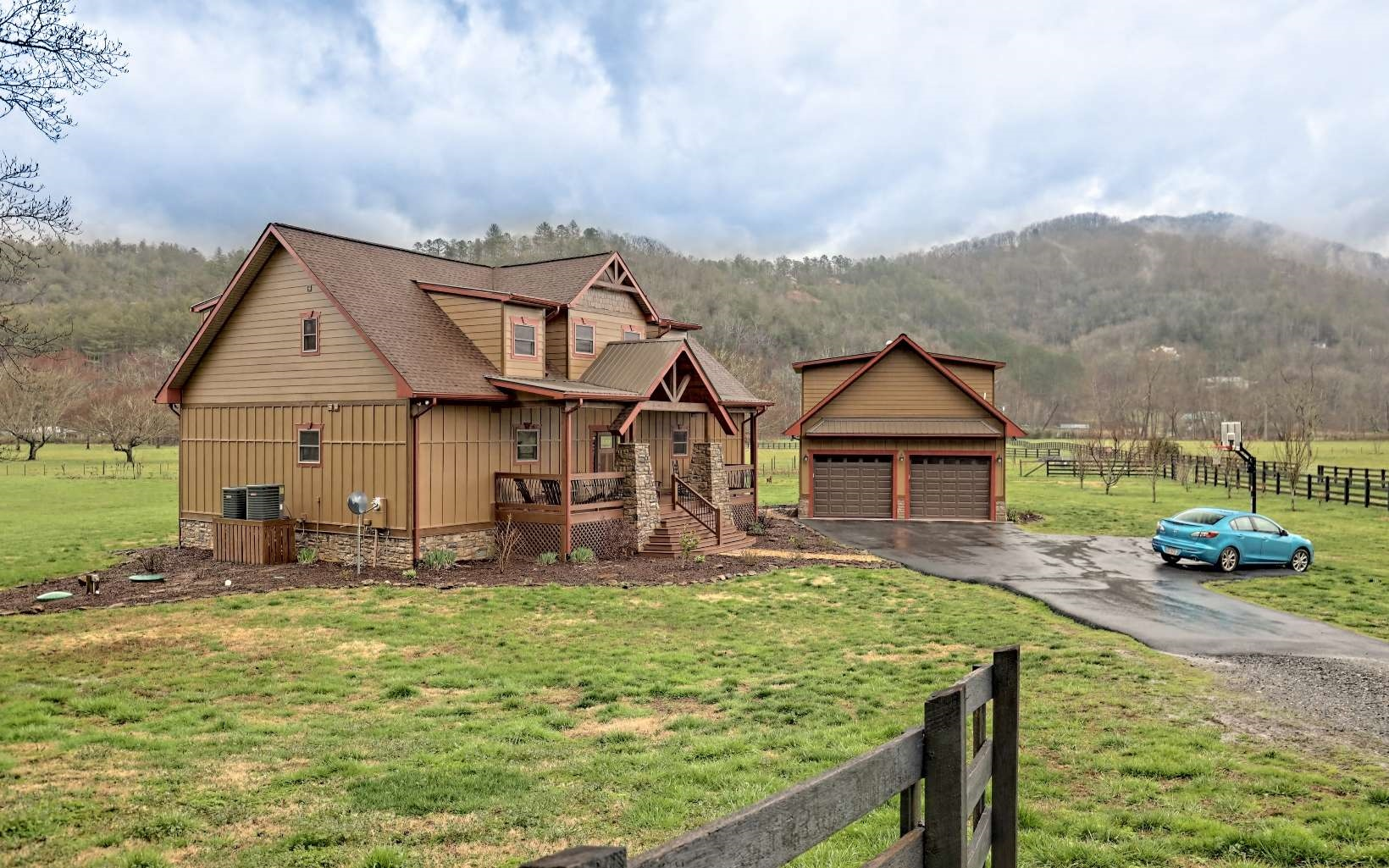 295624 Hiawassee Residential