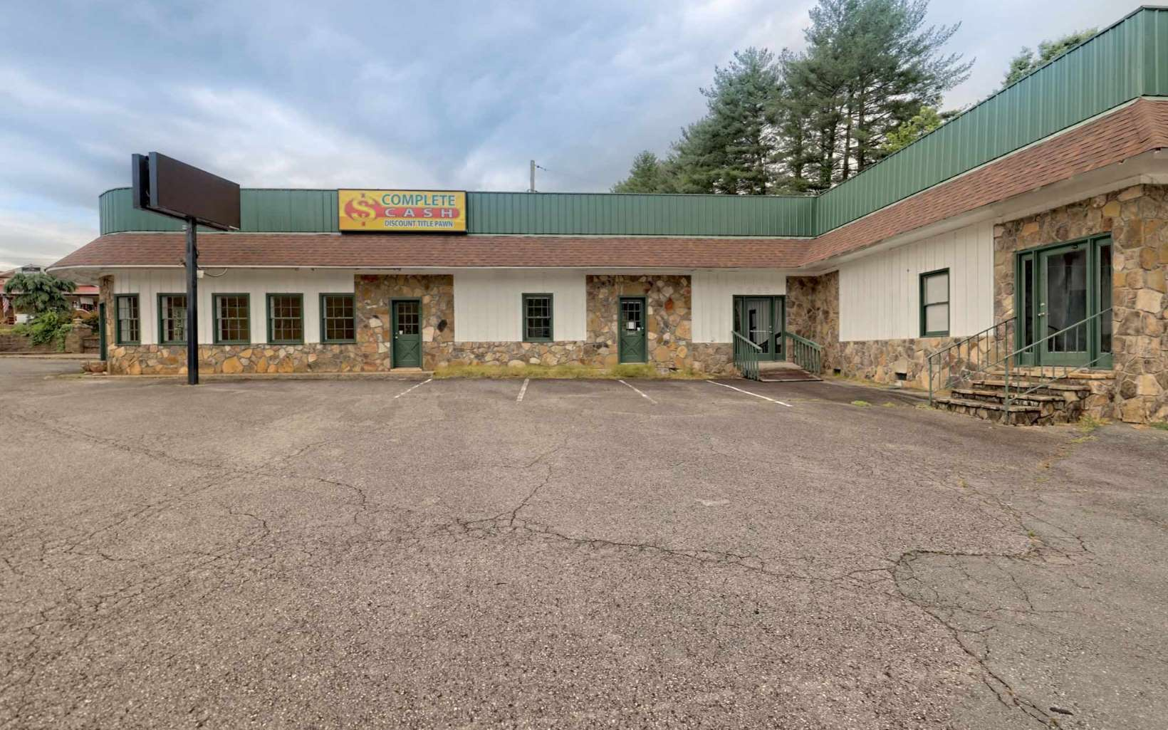297524 Hiawassee Commercial