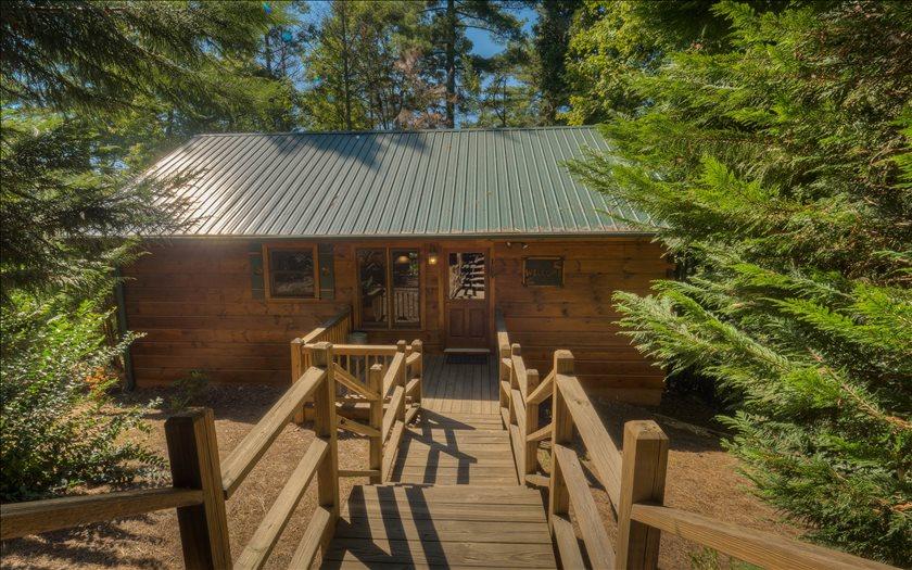 271525 Cherry log Residential