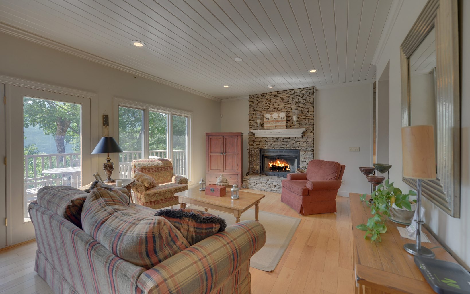 282525 Blairsville Residential