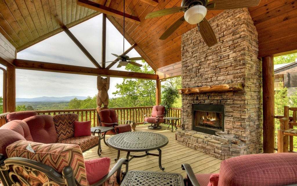 287929 Mineral Bluff Residential