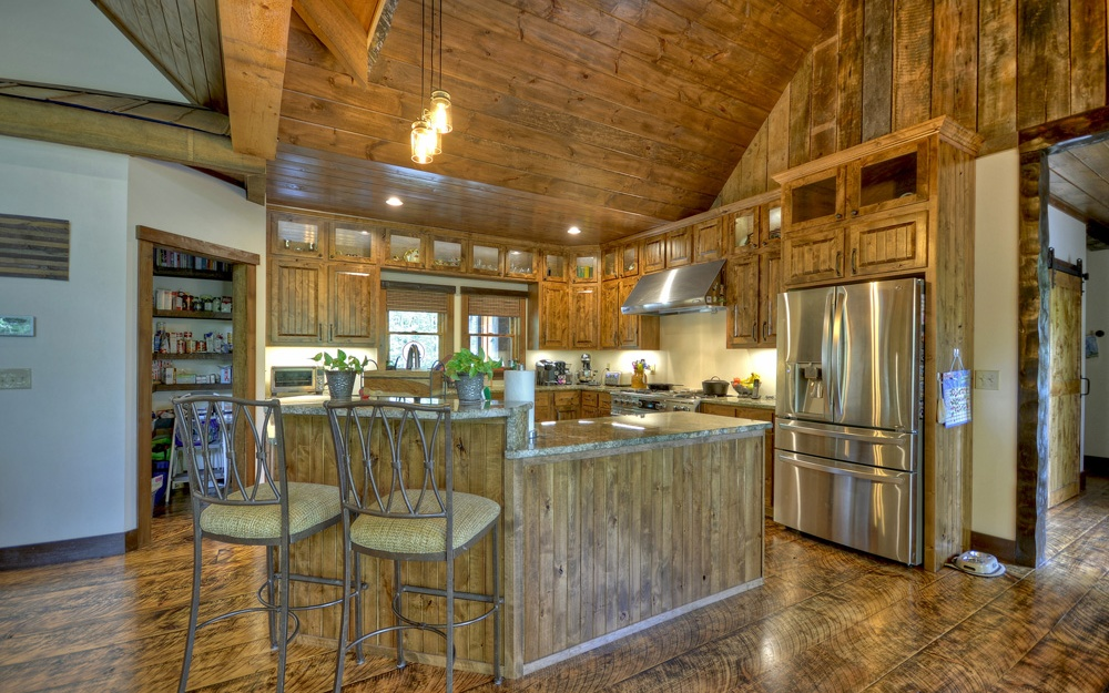 280130 Mineral Bluff Residential