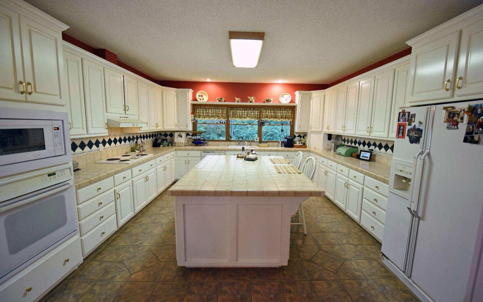 282831 Blairsville Residential