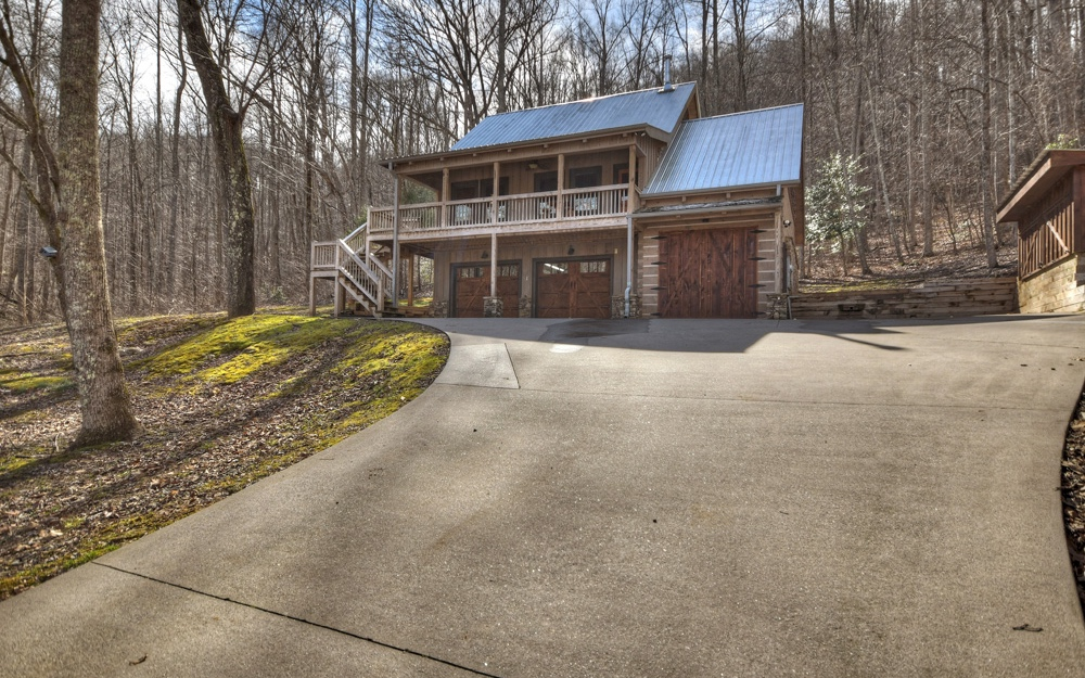 306532 Blue Ridge Residential