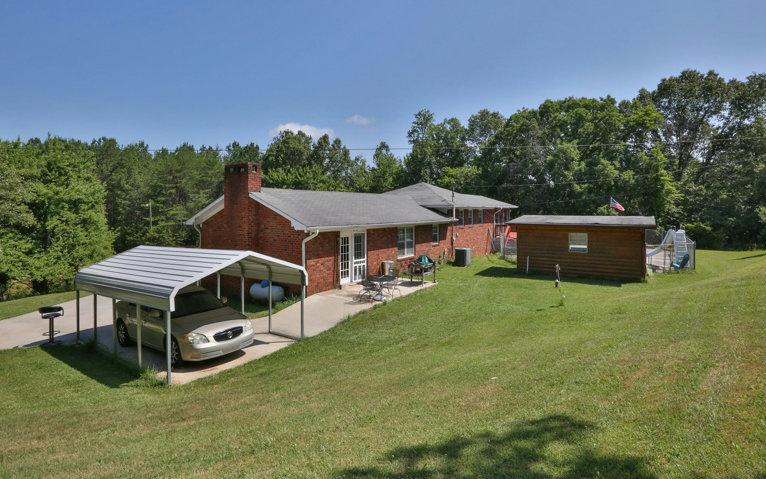 282733 Mc Caysville Residential