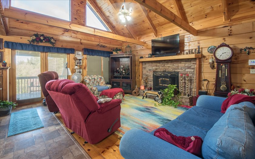 272935 Mineral Bluff Residential