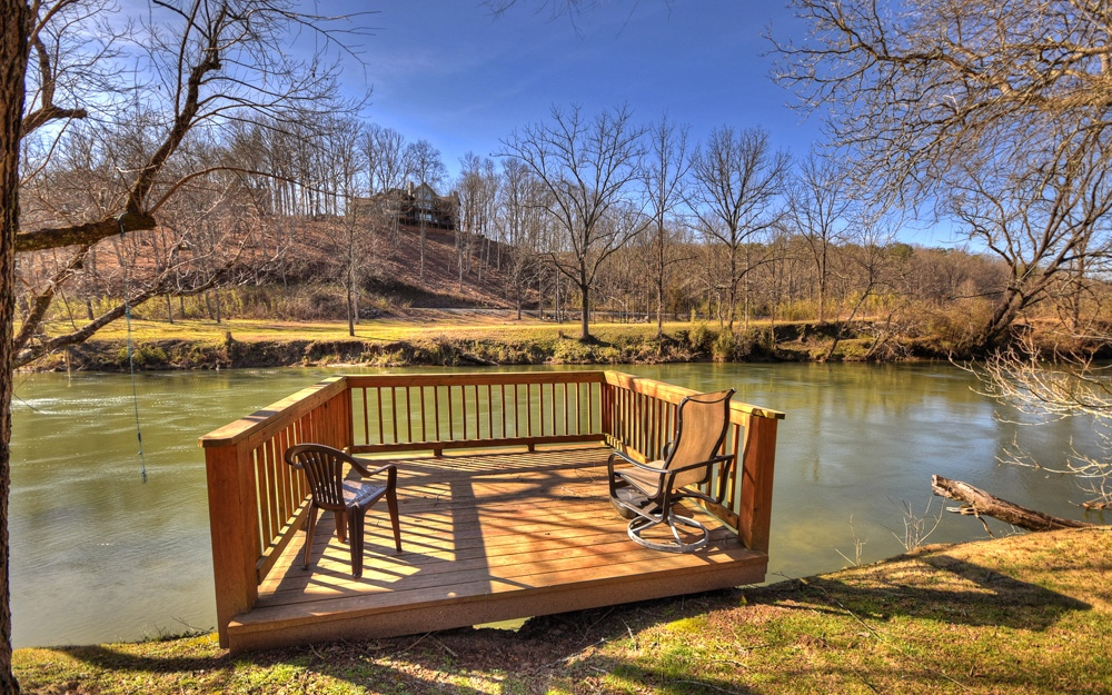 285037 Mineral Bluff Residential