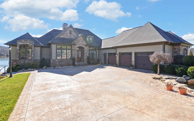 304237 Hayesville Residential
