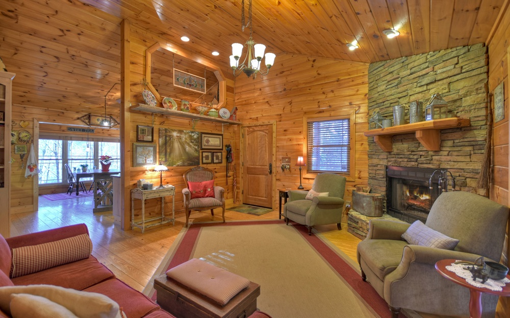 285039 Blue Ridge Residential