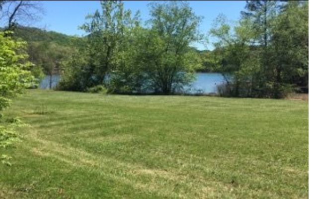 272640  Lake Front Lot