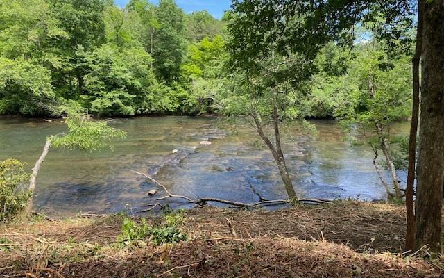307943 Hayesville River Front