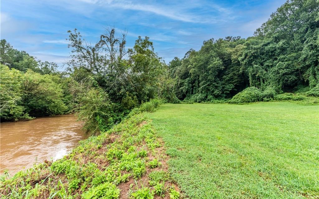 309843 Ball Ground River Access Lot