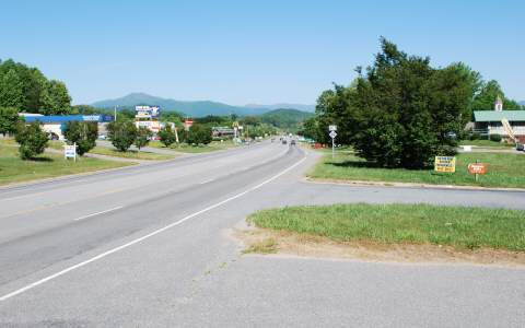 261749 Hayesville Commercial