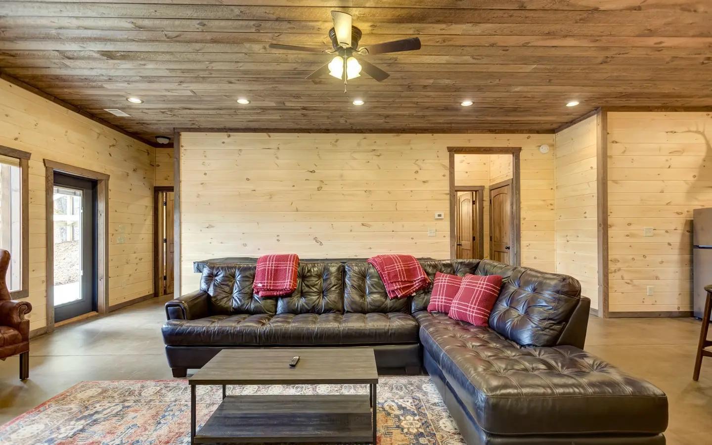 296652 Blue Ridge Residential