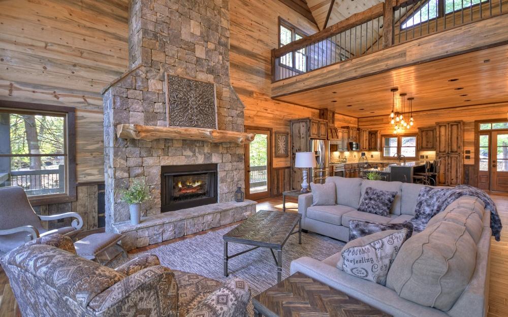 275558 Blue Ridge Residential