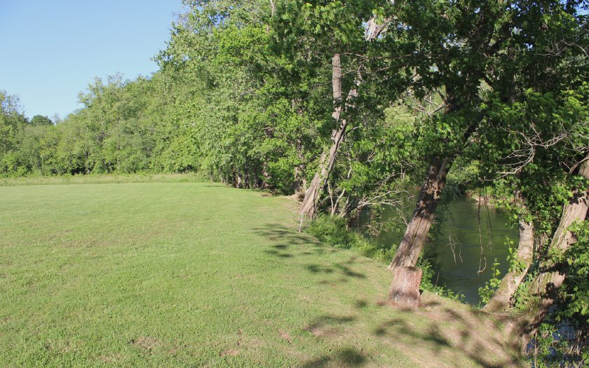 288463 Hayesville River Front