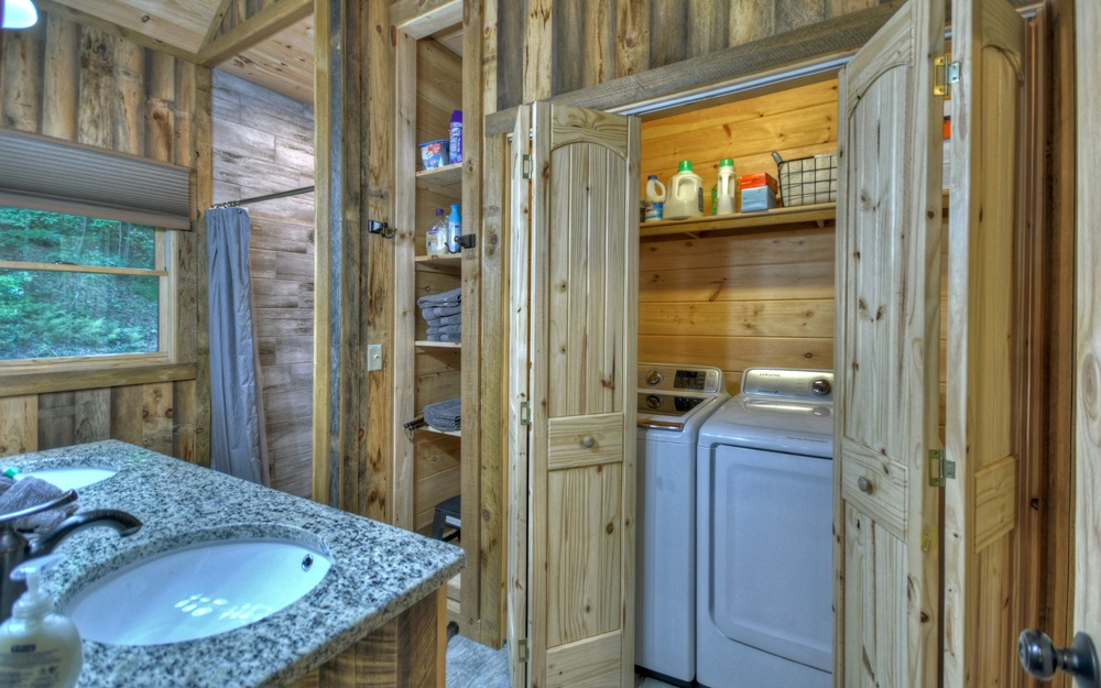305663 Blue Ridge Residential