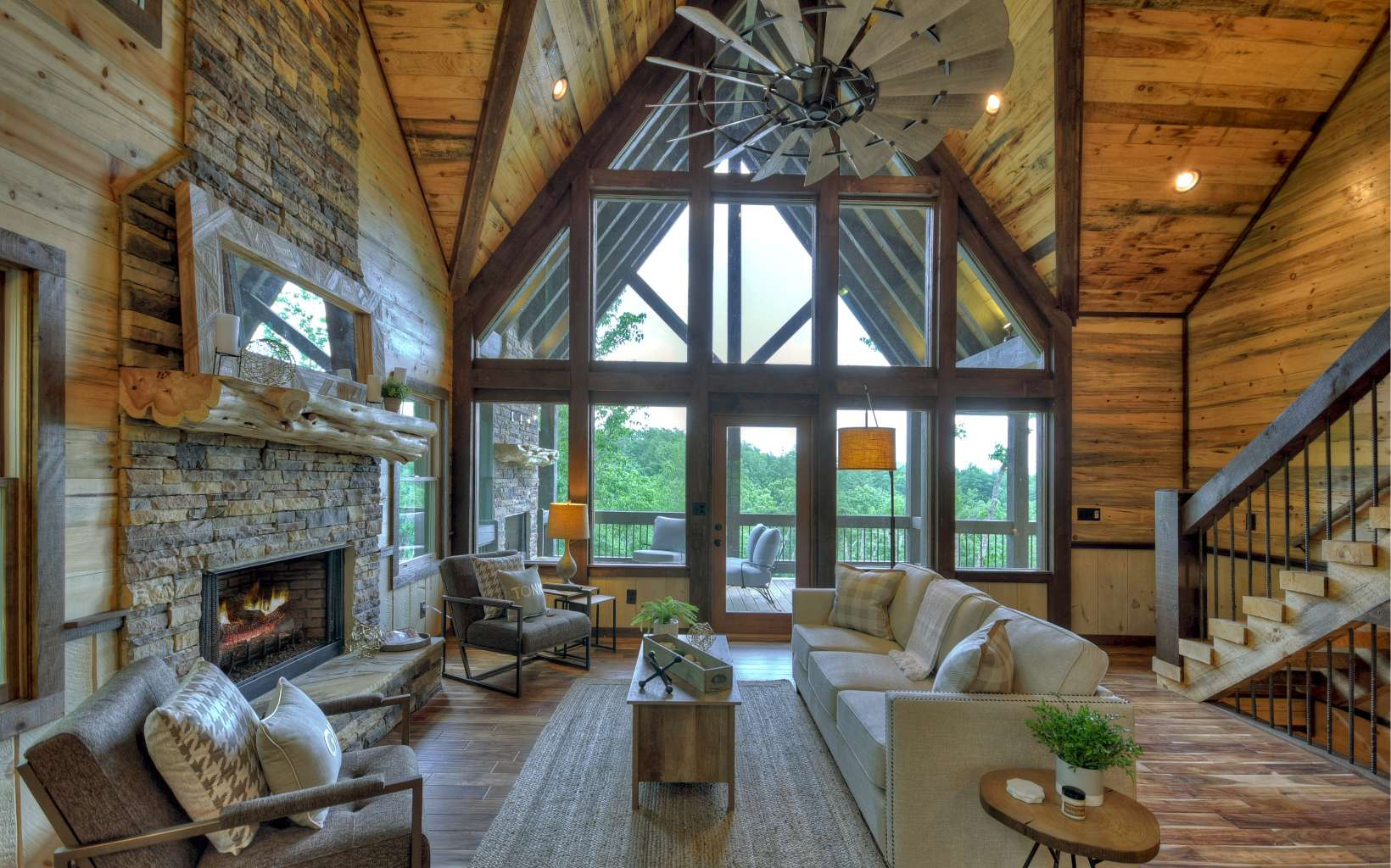 280568 Blue Ridge Residential