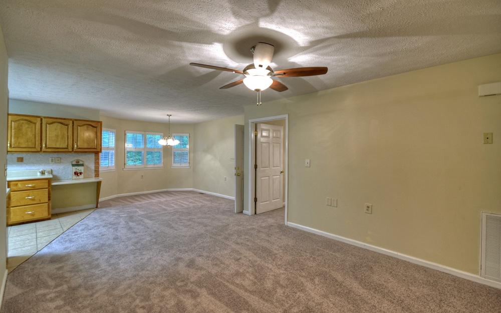 284968 Blue Ridge Residential