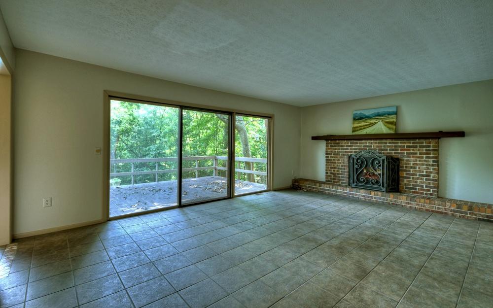 279872 Blue Ridge Residential