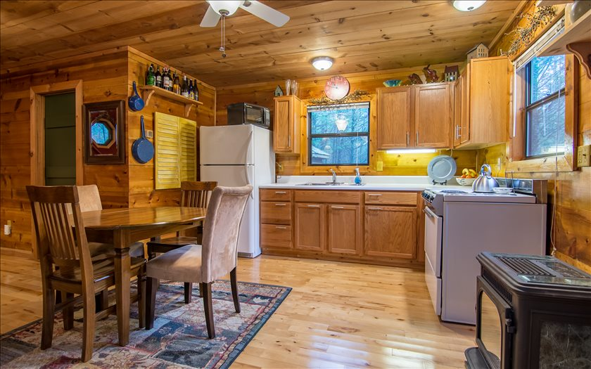 275080 Mineral Bluff Residential