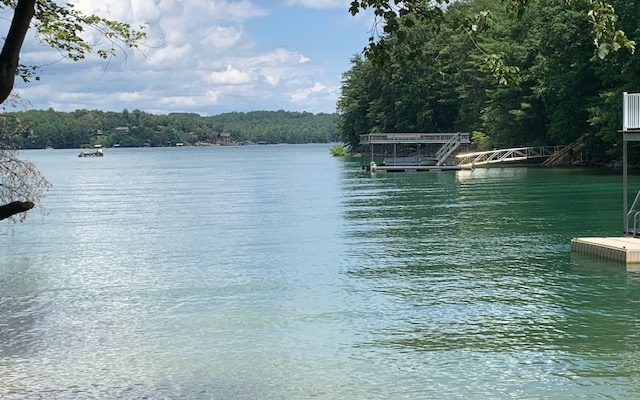 291283 Blue Ridge Lake Front Lot