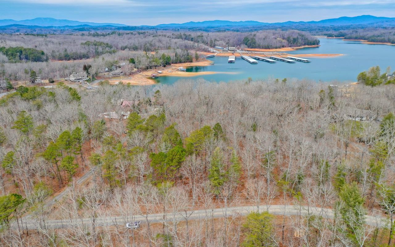 303583 Blue Ridge Lake Front Lot