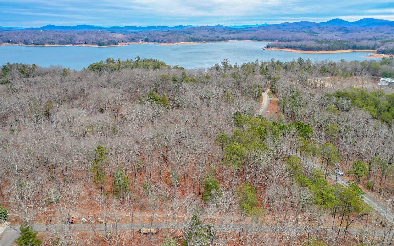 303583 Blue Ridge Lake Front Lot