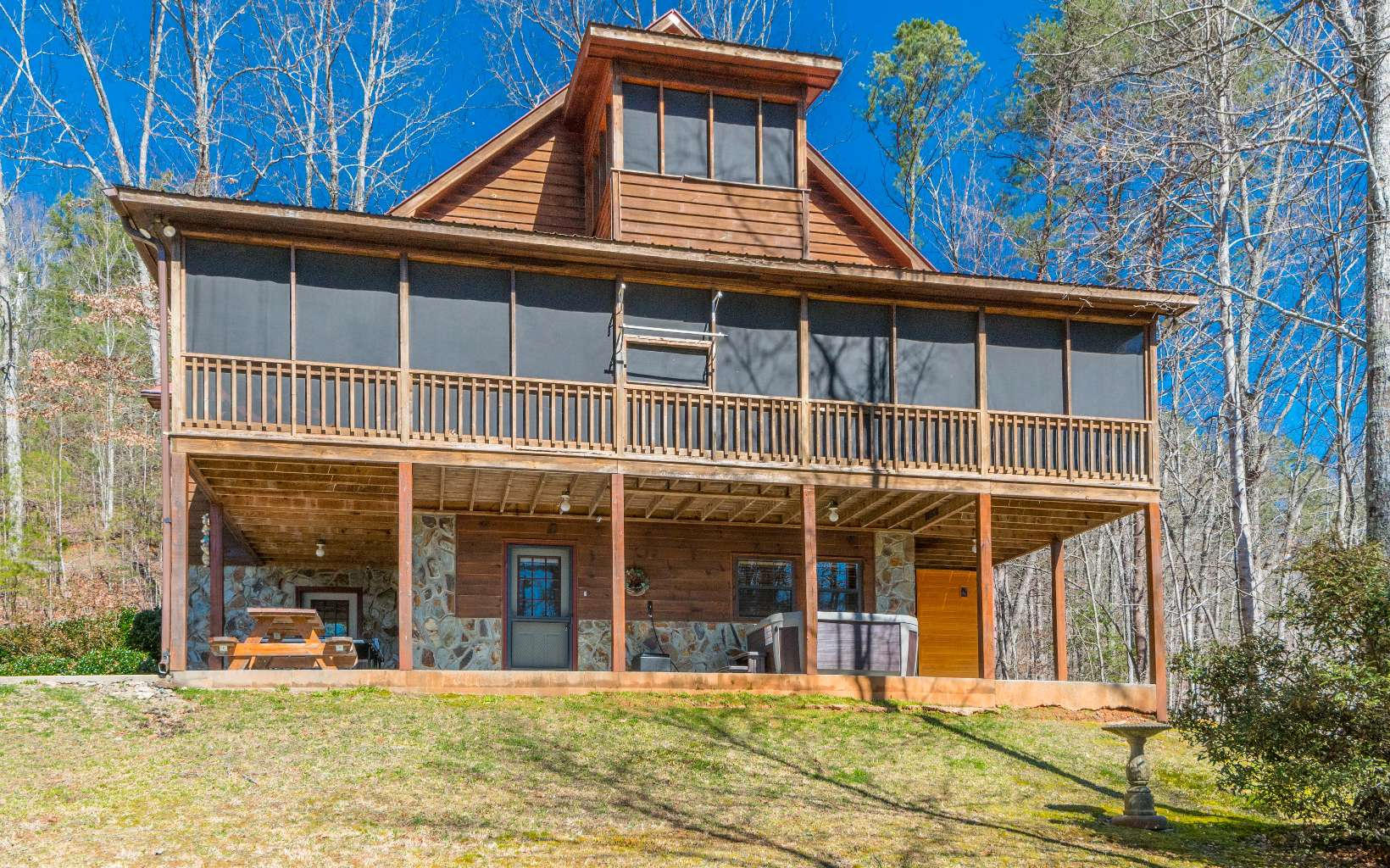 281384 Blue Ridge Residential