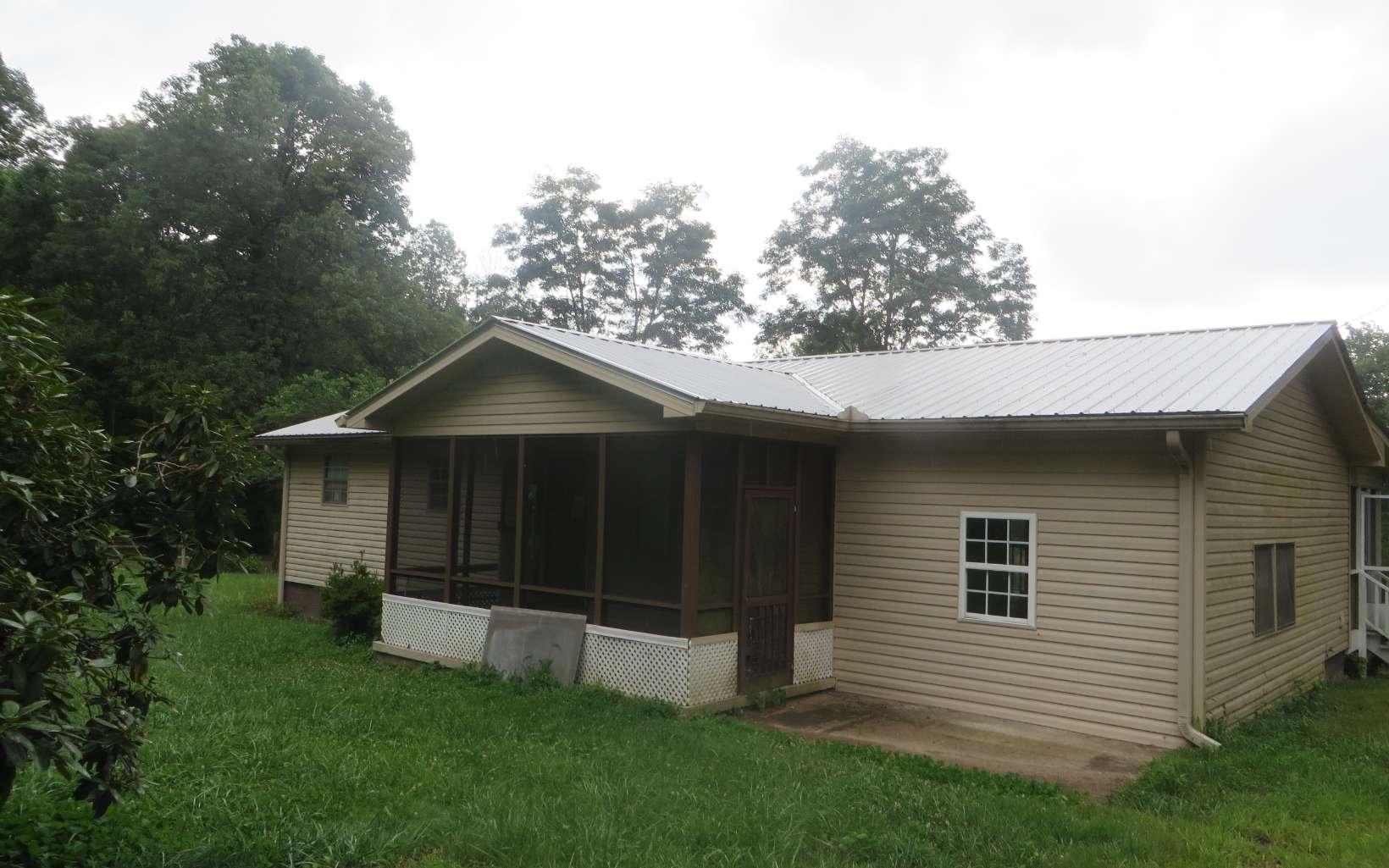 289985 Hayesville Residential