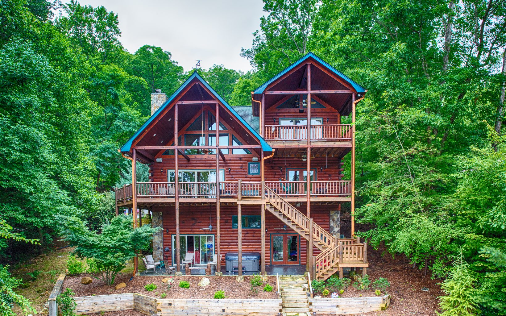 285587 Blue Ridge Residential
