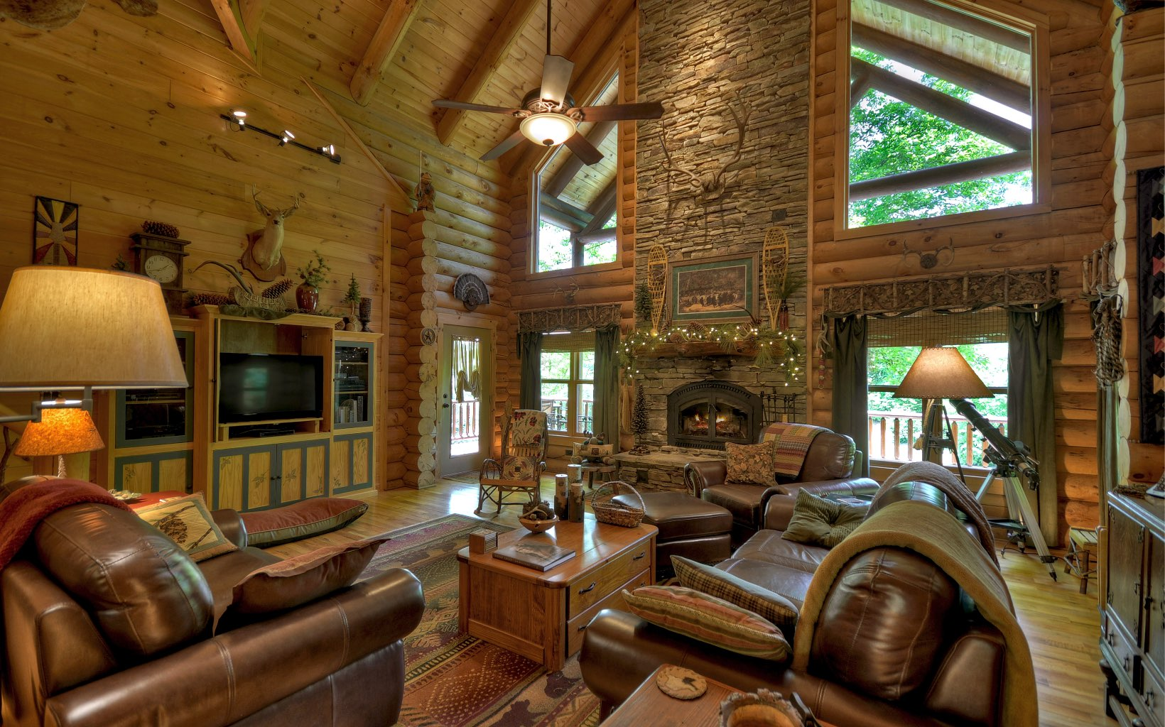 278593 Mineral Bluff Residential