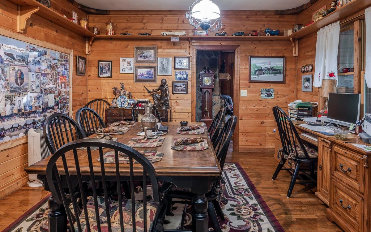 307693 Mineral Bluff Residential