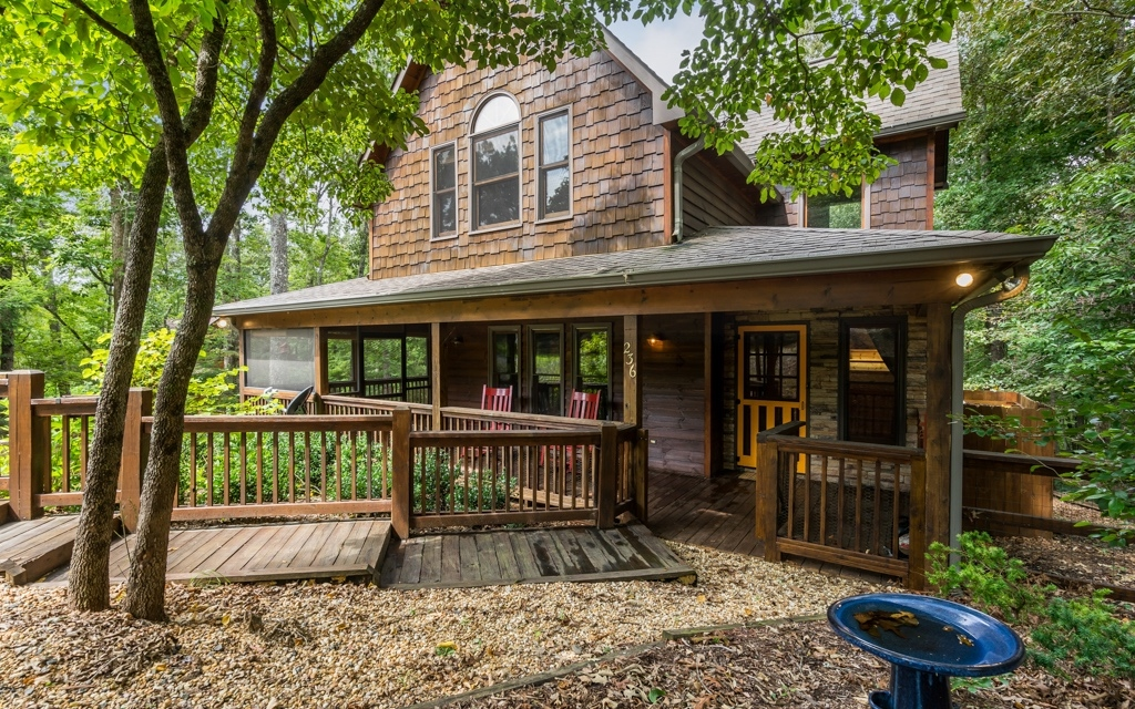 281294 Mineral Bluff Residential