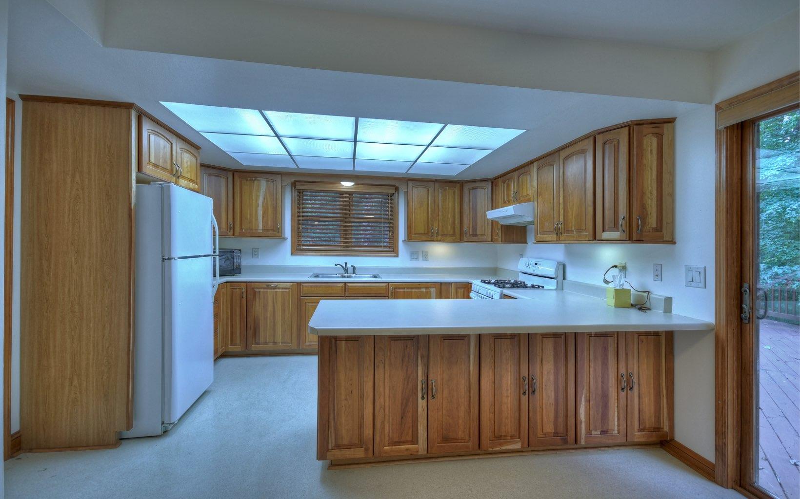 282594 Blue Ridge Residential