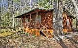  Log Cabin in the woods with Lake Louisa in your front yard !!! Life a...